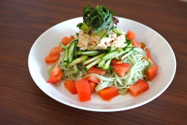 小豆島産オリーヴオイル仕立て 手延べ半生オリーヴそうめん ぶっかけサラダそうめん