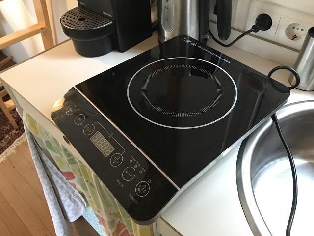 備え付けの電熱調理器具