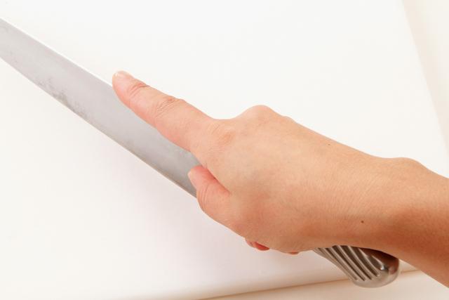 包丁 指さし型