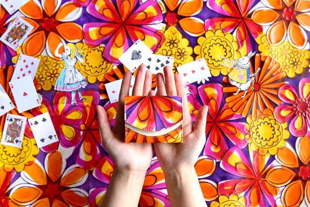 財布 小さいふ ペケーニョ クアトロガッツ アリス  アリス ~黄金の午後~  黄金の午後 アリス黄金の午後 不思議の国のアリス アリス財布 不思議の国のアリス財布 今日の小さいふ