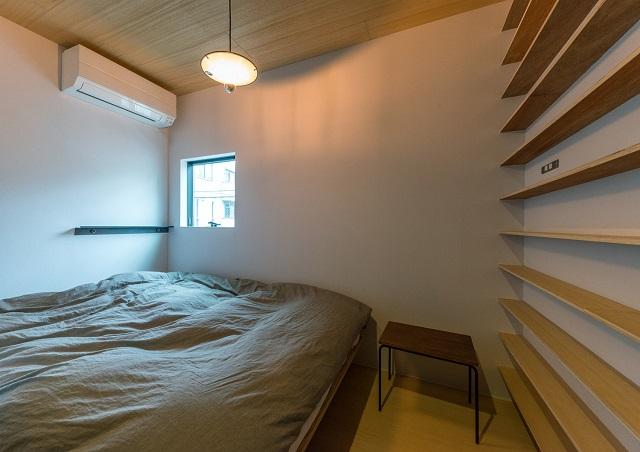 ベッドコーナー