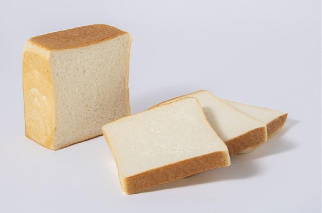 フランス産発酵バターをプラスした2019年・一本堂の「生クリーム食パン」