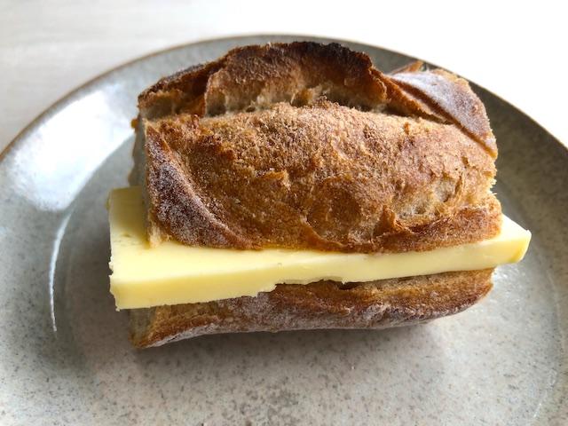 バターサンド パン kaneka
