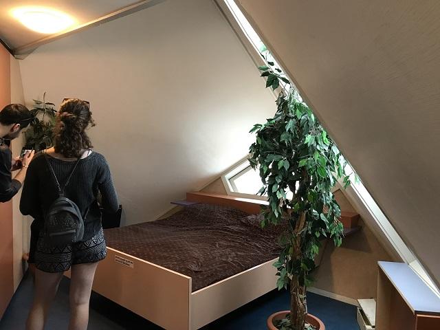 2階の就寝スペース
