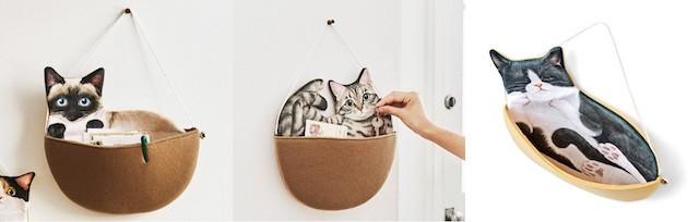 小物を入れた猫のウォールポケット