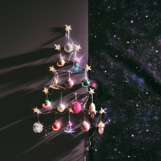 クリスマスツリー クリスマス ツリーない クリスマスオーナメント飾り方 ツリー無し飾り方 オーナメント フランフラン タペストリー クリスマス飾りつけ クリスマスアレンジ