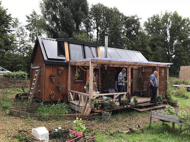 KarinさんとGijsbertさんが2人のお子さんと住む家