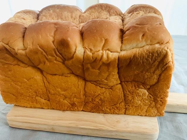 袋から出した食パン<br />