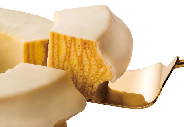 マウントバームのホワイトチョコがけ<クリスマス>切り分けたところ