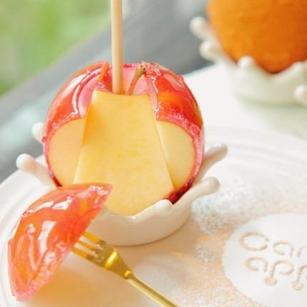 りんご飴切ったところ