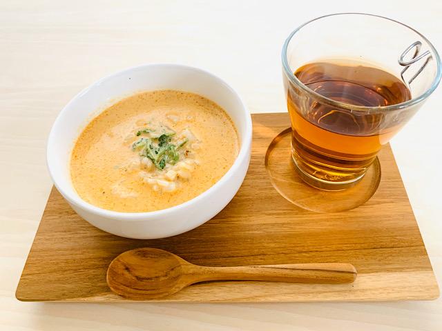 スープご飯とお茶
