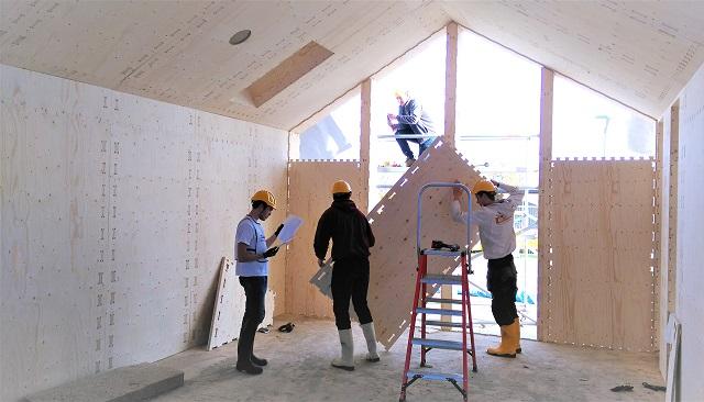 建築中の「PIONIERSWONING」内部の様子