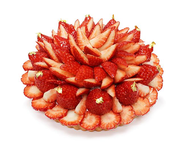 【カフェコムサ】「日本の苺」フェア 奈良県平群町産「古都華(ことか)」のケーキ