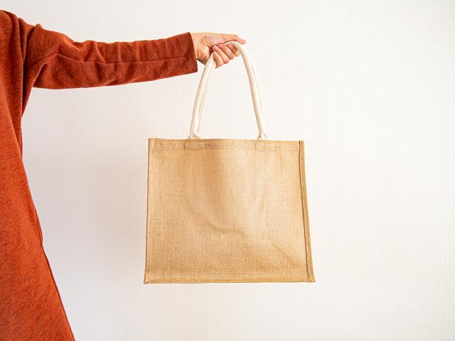 無印良品「ジュートマイバッグ」A4(中)
