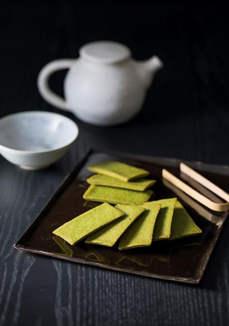 【宇治の老舗・辻利】新商品「堅焼きフィナンシェ抹茶」