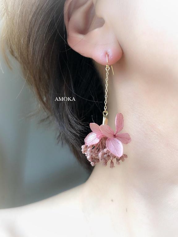 モーブピンク紫陽花とかすみ草のピアス/イヤリング