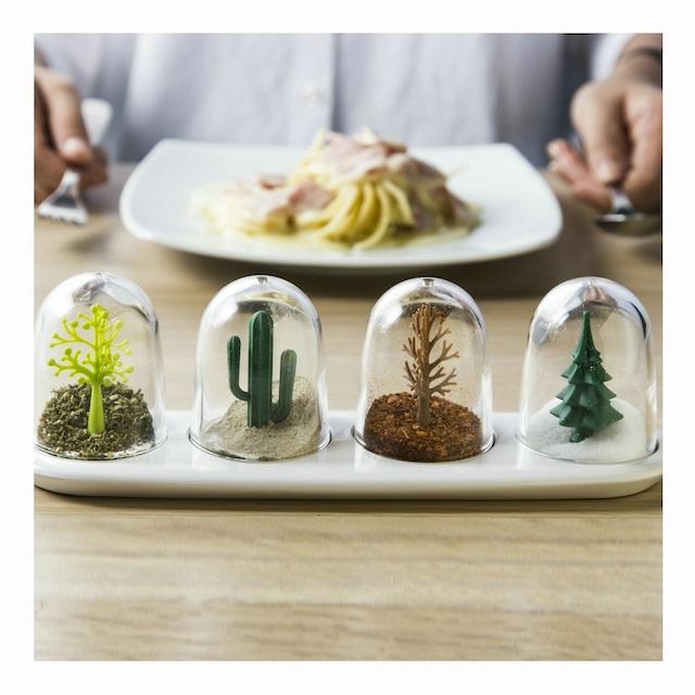 食卓に置いた 調味料ボトル キッチン収納 生活必需品 創造性 防湿 植物の形 動物モデリング 軽い 実用的
