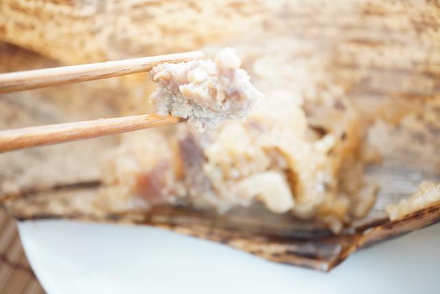 レンジで温めたちまきのお肉