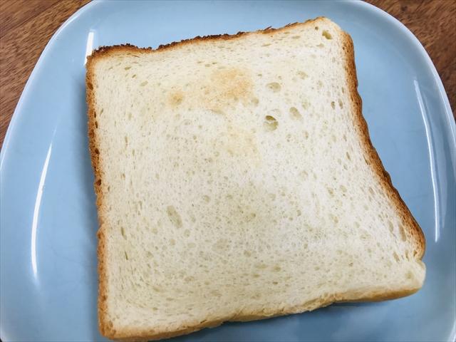 食パン焼いたところ