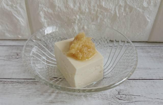 豆腐に姜葱醤(ジャンツォンジャン)