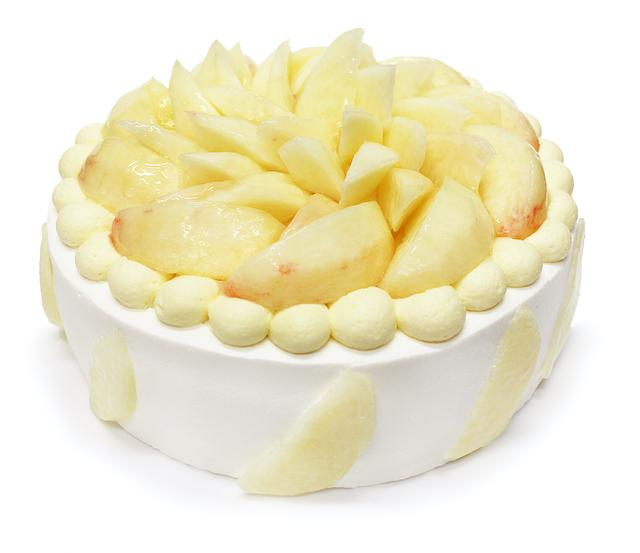 桃とカスタードクリームのショートケーキ