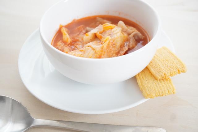 スープとクリスプ