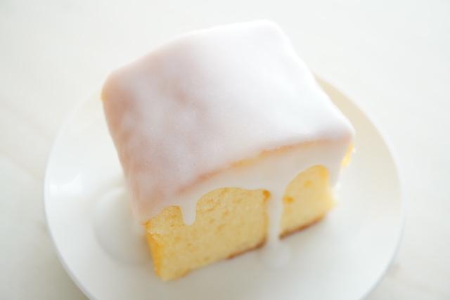 パウンドケーキのグレーズがけ