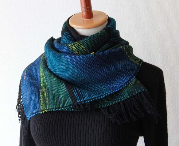 おしゃれで上品な手織りマフラー ブルーグリーン 秋冬カラー/プレゼントにも