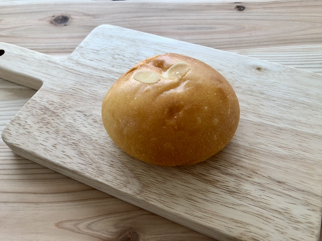 パンタレイ クリームパン