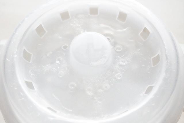 水の溜まった外蓋