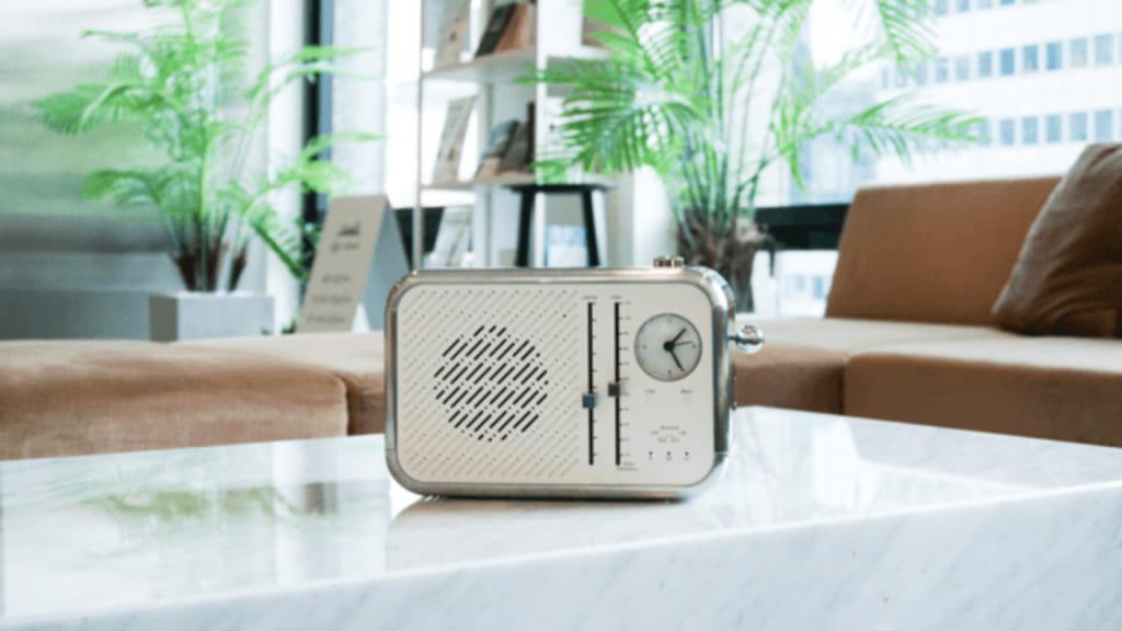 トースター型スマホ除菌器「フォントースター」 フォントースター スマホ スマホ除菌 除菌 スマホ充電除菌 充電と除菌 可愛い充電器 レトロ