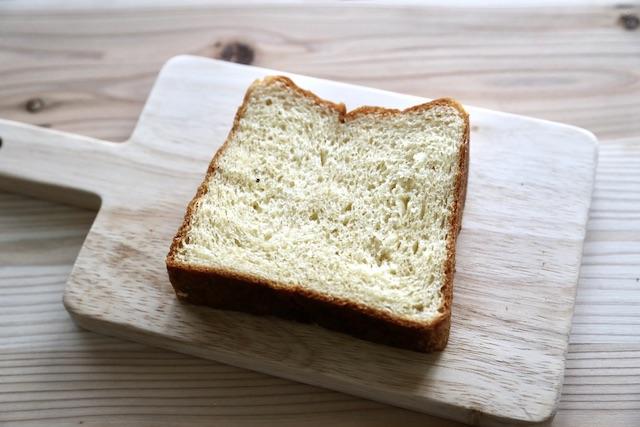 hotel koe bakery フィナンシェ食パン