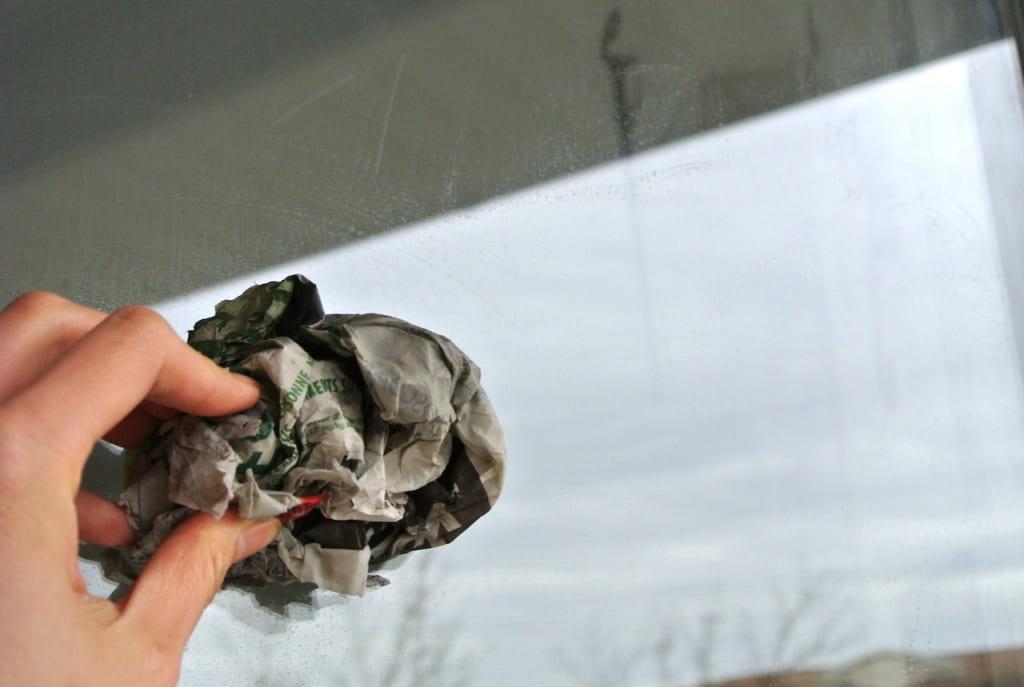 大掃除、新聞紙、掃除、そうじ、窓拭き、裏ワザ、ライフハック