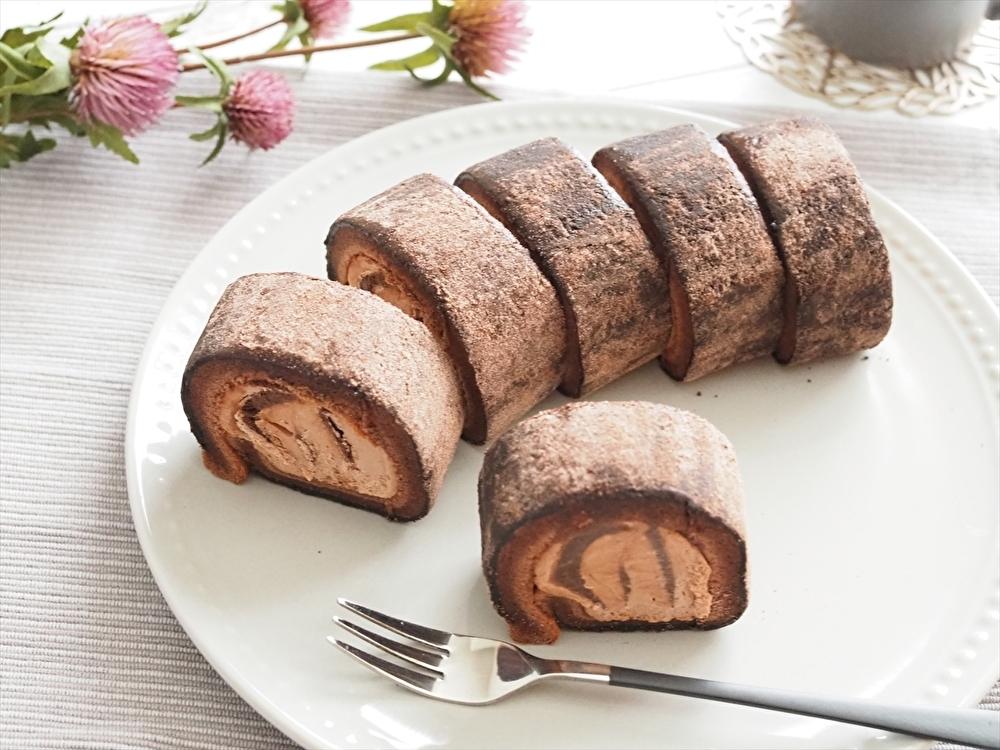 ローソンお餅で巻いたもち食感ロール ショコラ