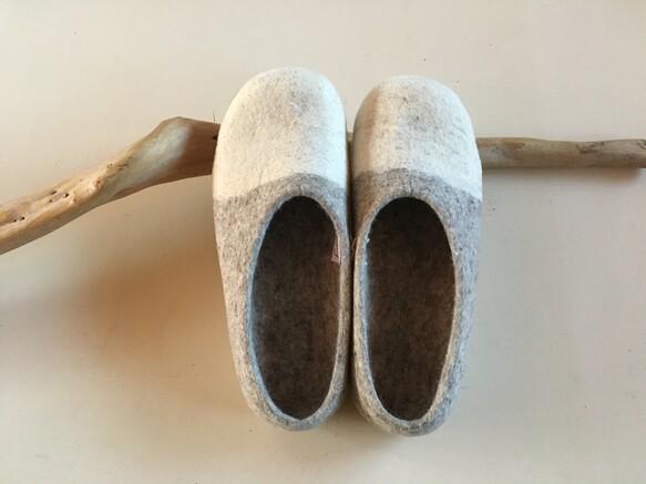 羊毛フェルト ルームシューズ(2colors 39/約25.5cm)