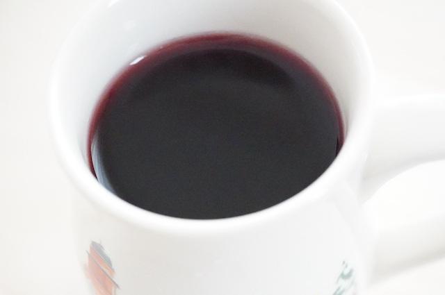 マグの中のワインアップ