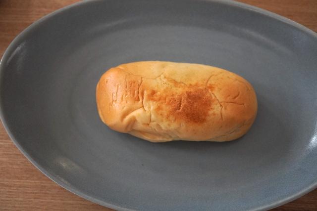 お皿にのせた笹だんごパン