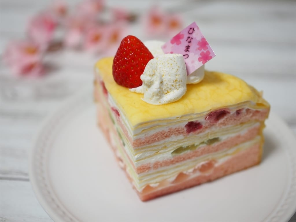 シャトレーゼひなまつり桃の節句クレープデザート