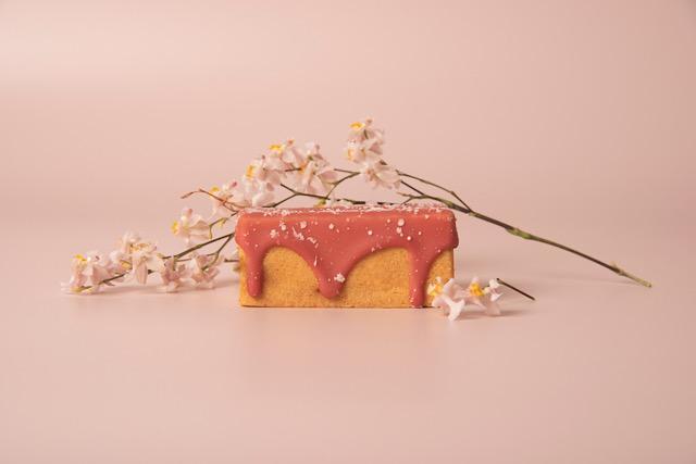 台湾スイーツ、台湾、サニーヒルズ、パイナップルケーキ、いちごりんごケーキ