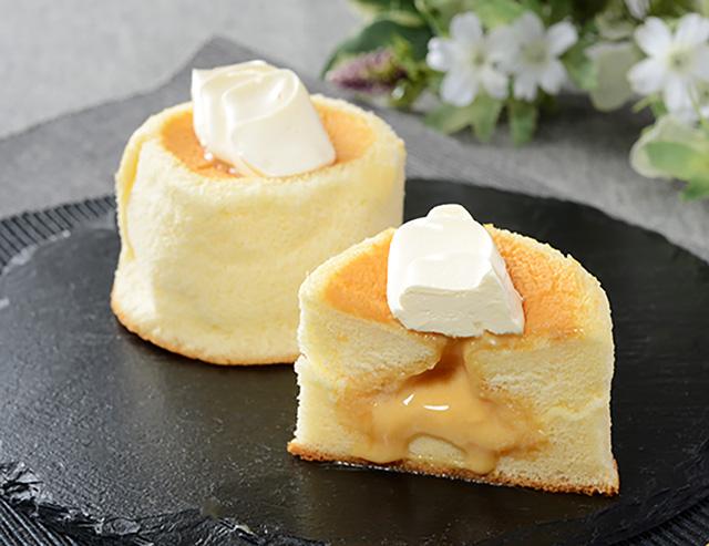 【ローソン】Uchi Café Spécialité 3種のバター華ふわケーキ(焦がしバターソース入り)(3月9日発売)