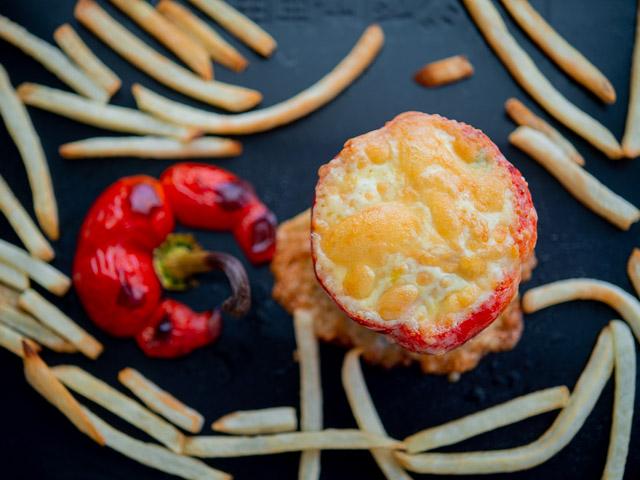 焼き上がりのパプリカご飯