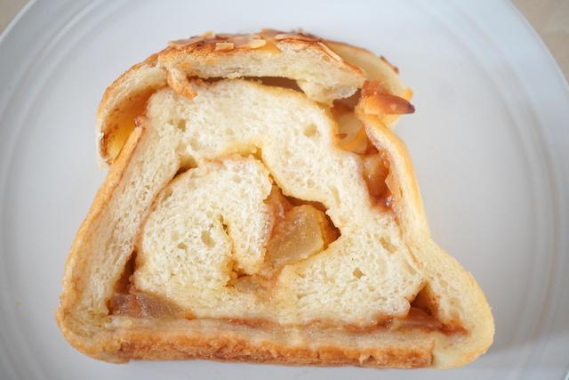 第5位 シナモンアップル食パン1切れ