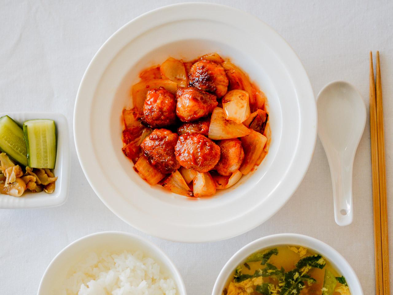 材料ほぼ3つ!簡単うまい昼レシピ【9】唐揚げ粉のW効果で作る「くるくる酢豚」