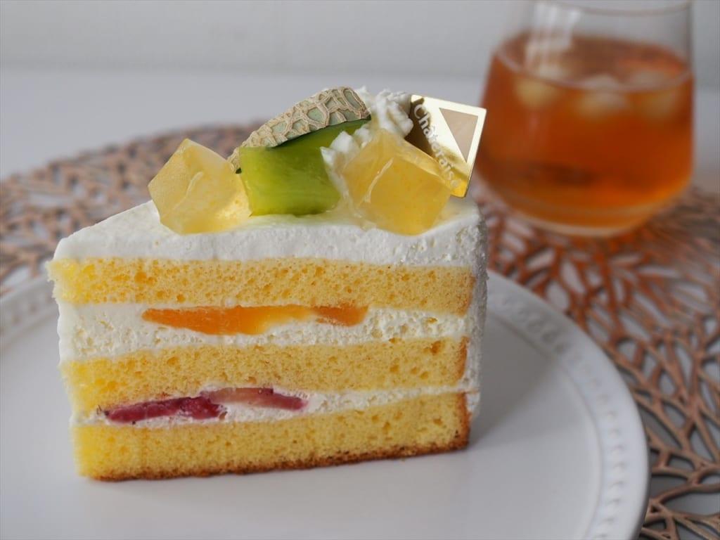 シャトレーゼ アンデスメロンのプレミアム純生クリームショートケーキ